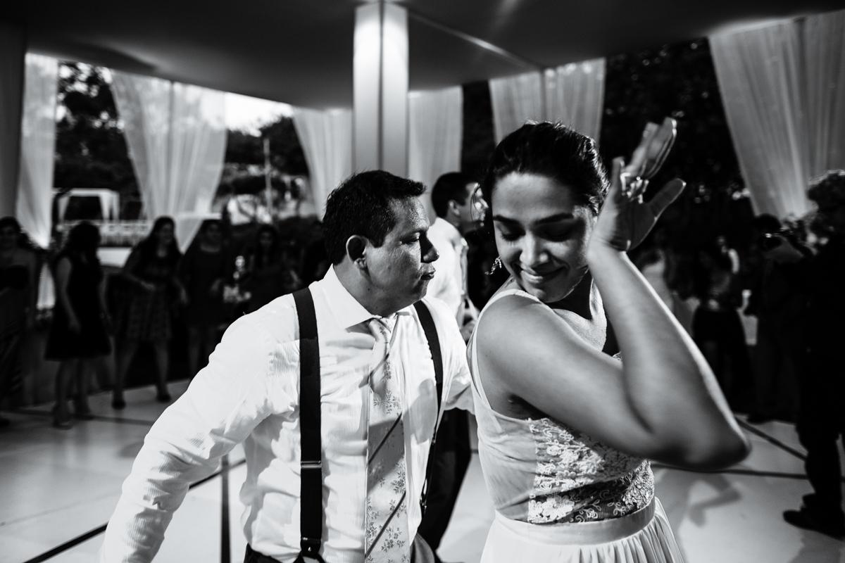 F : Lucho Palacios - hola@luchopalacios.com - www.luchopalacios.com